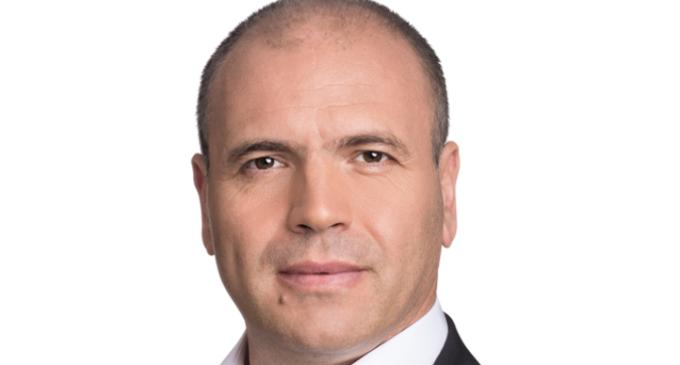 Вечерва Максим го подбра Бучковски, исклучен од редовите на СДСМ, чин на велепpeдавство