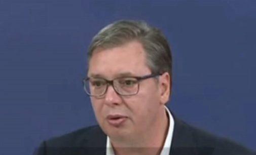 Долг полициски час од петок па се до понеделник во Белград, најави Вучиќ
