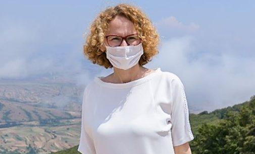 ФОТО: Радмила Шекеринска на одмор во Северна Македонија