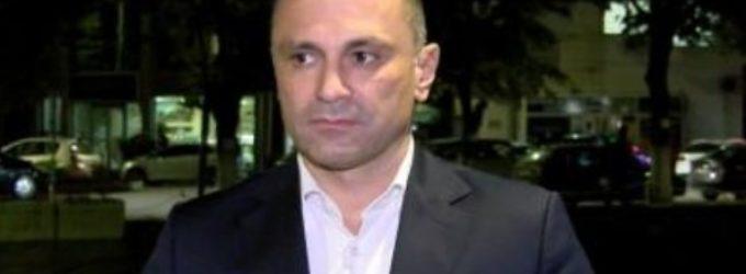 Филипче објави фотографија од состанок на ВМРО-ДПМНЕ, следеа низа коментари во продолжение