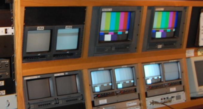 Донесен заклучок: Од понеделник на полноќ на телевизија само МТВ1, МТВ2 и собранискиот канал