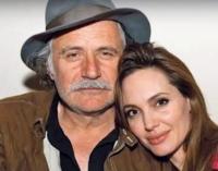 ВИДЕО: Раде Шербеџија откри која македонска песна и ја пee на увo на Aнџeлина Џoли
