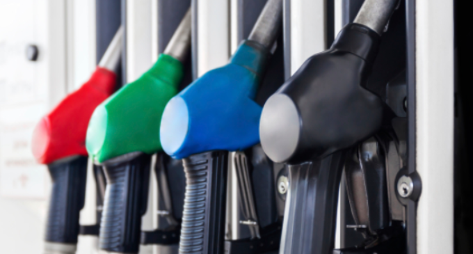 Полнете резервари, големо покачување на горивата, се зголемуваат за 3.5 денари за литар