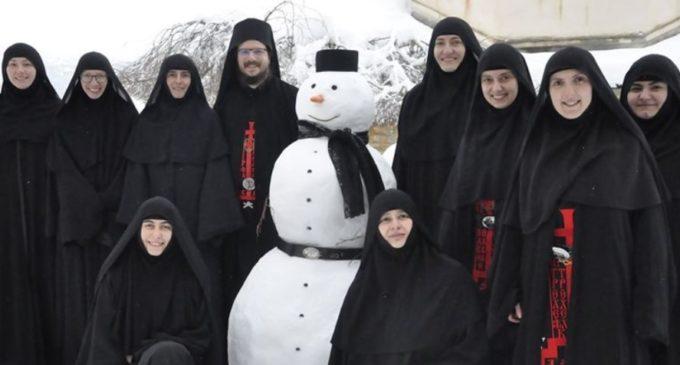 ФОТО: Голема порака доаѓа од Сестрите од Манастирот на Свети Георгиј Победоносец во Рајчица
