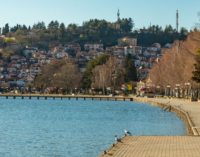 ФОТО: Полициски час во Охрид покрај кејот на Охридското Езеро