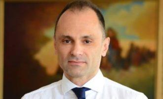 Филипче ги објави платите, од 800 до 2000 евра земаат медицинските сестри па се до наставниот кадар во здравството