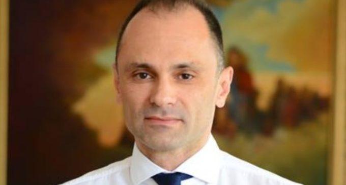 Филипче ќе патува за Грција, ќе договара отворање на границите и аеродромите