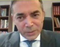 Видео од моментот кога Димитров доби неочекуван гостин на пресот
