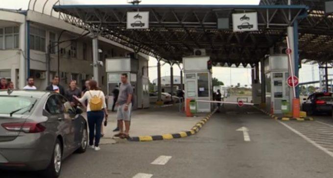 Се чека 40 минути за излез од државата на Табановце, возила одат за Ниш и Белград