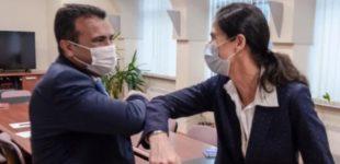 ФОТО: Денес Заев се врати од одмор и веднаш се фати со работа, се сретна со амбасадорката Холштајн